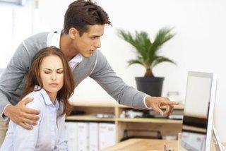 Quấy rối tình dục tại nơi làm việc sẽ bị sa thải
