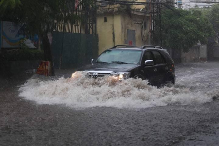 Ô tô bị ngập nước do bão lũ liệu có được bảo hiểm bồi thường?