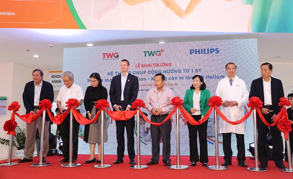 Vận hành hệ thống cộng hưởng từ Philips Ingenia Ambition ở BV Sản Nhi TWG Long An