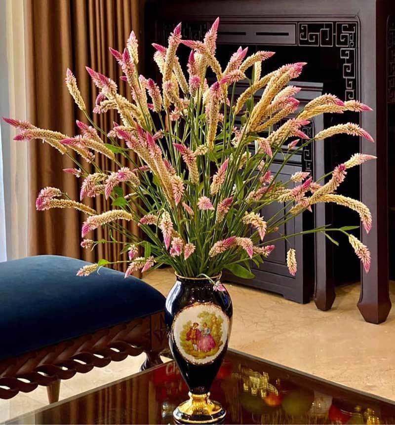 Đòng đòng nếp ngâm rượu Tết, hoa dại cỏ gà đẹp nhà sang