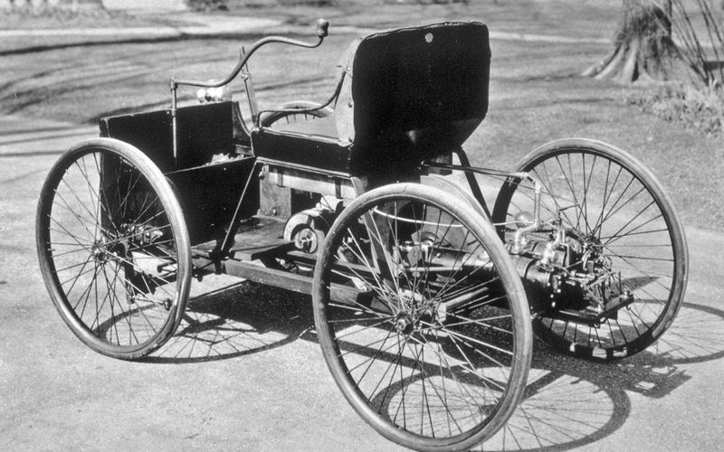 Những chiếc ô tô đầu tiên của các hãng xe nổi tiếng