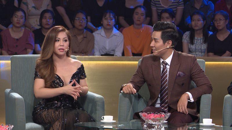 Minh Tuyết: 'Cẩm Ly đau lòng đòi bỏ nghề khi tôi đi Mỹ'