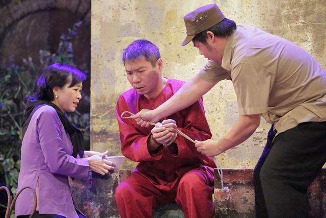 Làm sao để sân khấu Hà Nội không tụt hậu?