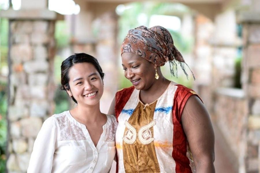 Cô gái Việt chuyên 'săn' học bổng của các tỷ phú