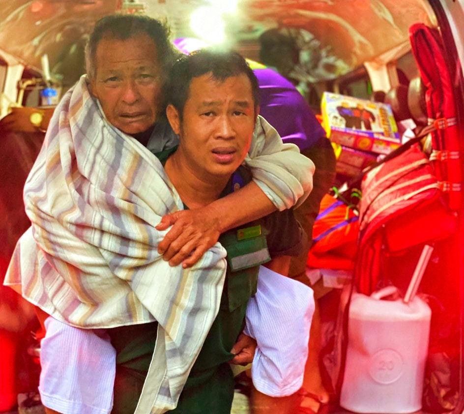 8X miền Tây bán xe mua xuồng cứu dân và chuyến đi 'thót tim' ở Quảng Trị