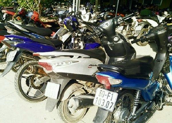 Bắt 4 thiếu niên gây ra hàng loạt vụ cướp trong đêm ở Đồng Nai