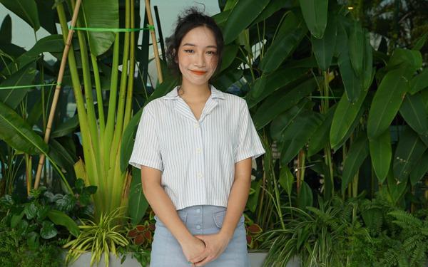 Con gái Mỹ Linh livestream kêu gọi ủng hộ phụ nữ miền Trung