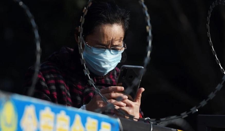 Cô đơn và kém công nghệ, người già vướng lưới tình trên mạng xã hội