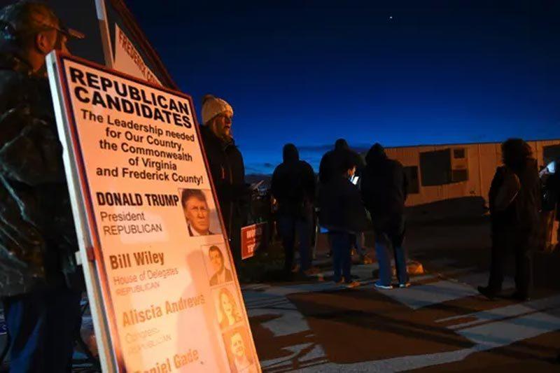Hình ảnh dân Mỹ xếp hàng từ sáng sớm đi bầu tổng thống