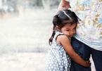 Bi kịch của phụ huynh nuôi con trong 'lồng ấp'