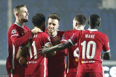 """Jota lập hat-trick, Liverpool thắng """"bàn tay nhỏ"""""""