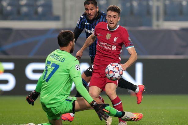Diogo Jota lập hat-trick cho Liverpool, vẫn khiêm tốn là 'lính mới'