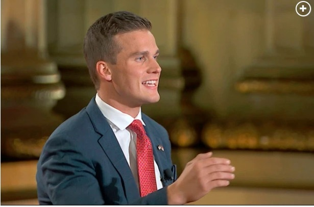 Vẻ ngoài cuốn hút của nghị sĩ sắp đắc cử trẻ nhất Quốc hội Mỹ