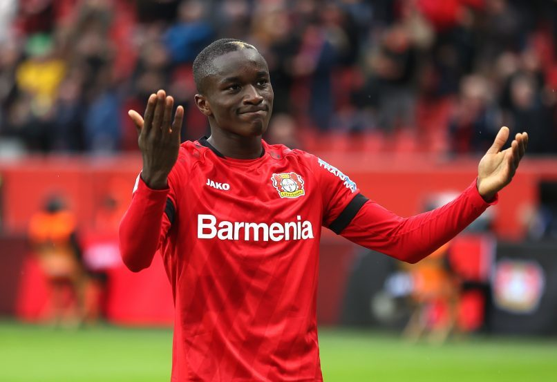 MU ký Moussa Diaby, Barca lấy Pogba