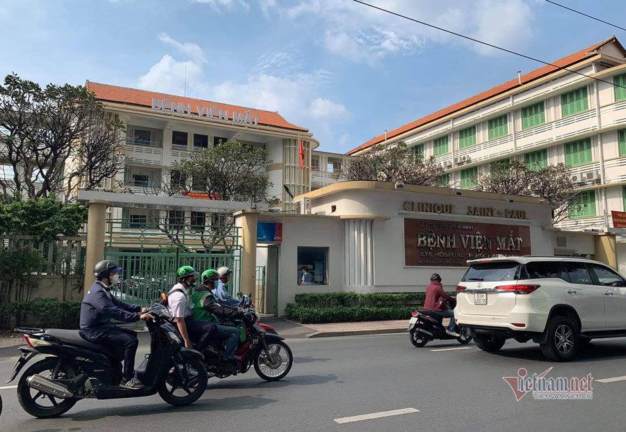 Bộ Công an khám xét bệnh viện Mắt TP.HCM