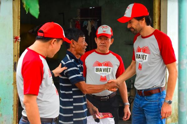 Heineken Việt Nam hỗ trợ người dân miền Trung vượt qua khó khăn