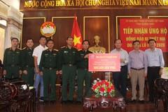Hỗ trợ 330 triệu tới các gia đình liệt sỹ hy sinh vì lũ lụt