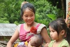 Thực hiện tiêu chí Y tế: Tăng cơ hội chăm sóc trẻ sơ sinh vùng dân tộc thiểu số