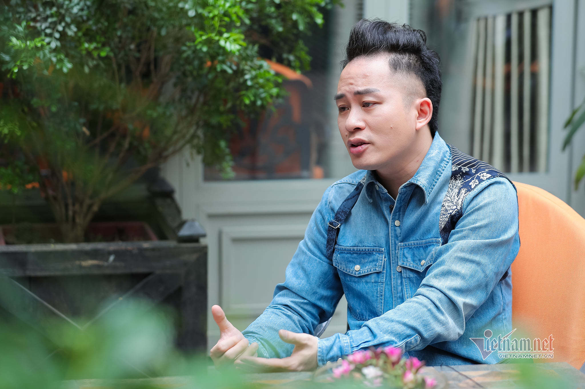 Tùng Dương mời Ngọt, Bùi Lan Hương tham gia liveshow