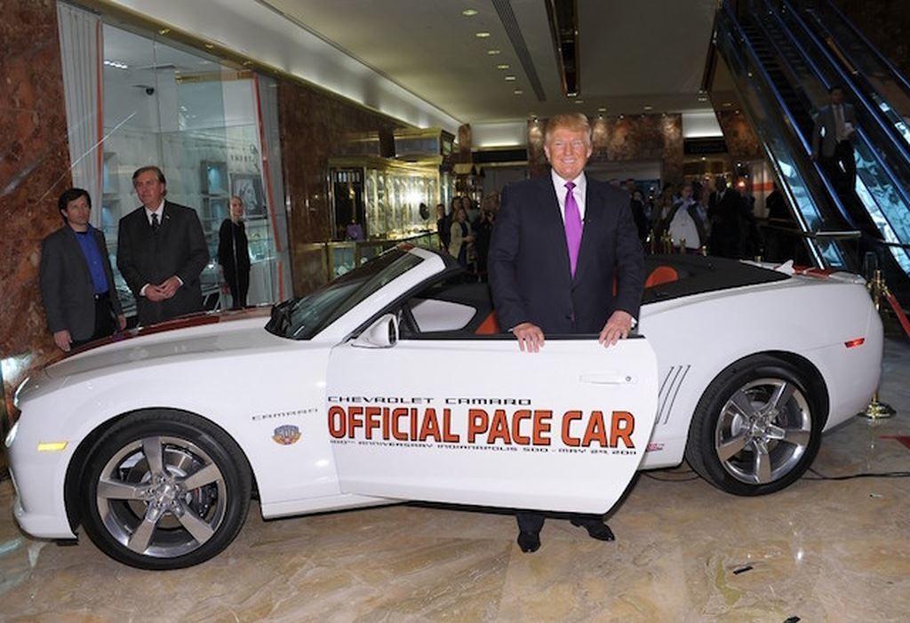 Donald Trump là Tổng thống sở hữu nhiều ô tô nhất nước Mỹ