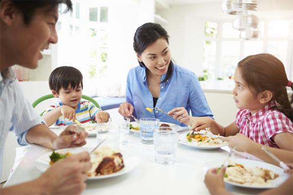 Bốn quy tắc vàng khi ăn giúp bạn sống thọ