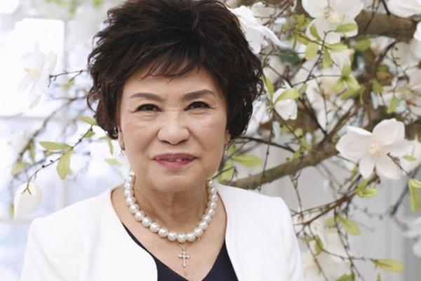 Sao nữ Hong Kong Dư Mộ Liên nhập viện nguy kịch vì xơ phổi