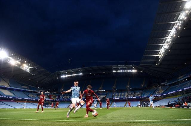 Man City đấu Liverpool cực hay, Klopp 'thiên tài' dùng người