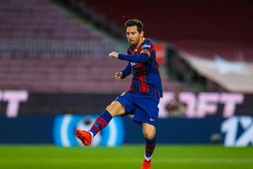 """Messi lên đồng, Barca thắng """"bàn tay nhỏ"""""""