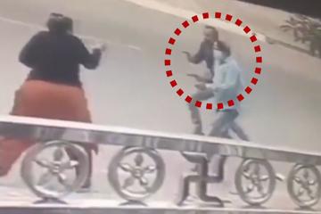 Tên cướp giật phăng dây chuyền của người phụ nữ trên phố