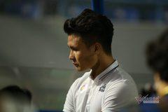 Cầu thủ Hà Nội buồn tê tái, CĐV khóc nức nở