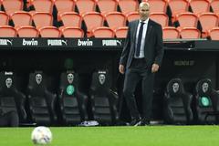 Real thảm bại, Zidane thừa nhận trách nhiệm
