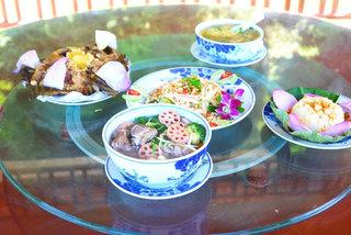 Bữa cỗ đặc biệt, các món chế từ sen ở Ninh Bình