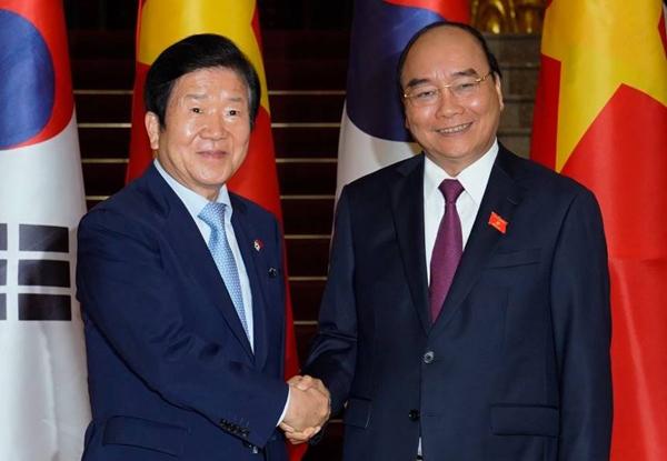 Truyền thông Hàn Quốc: Việt Nam - Hàn Quốc 'đối tác chiến lược' triển vọng lớn cho hoạt động ngân hàng hai nước