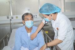 Phẫu thuật cùng lúc 3 van tim cứu người đàn ông nghiện hút thuốc lá