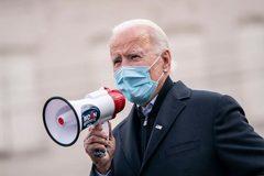 Ông Biden kêu gọi chính quyền Tổng thống Trump hành động gấp chống Covid-19
