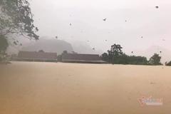 Dự báo thời tiết 10/11: Bão vào đất liền, Nam Trung Bộ mưa tầm tã
