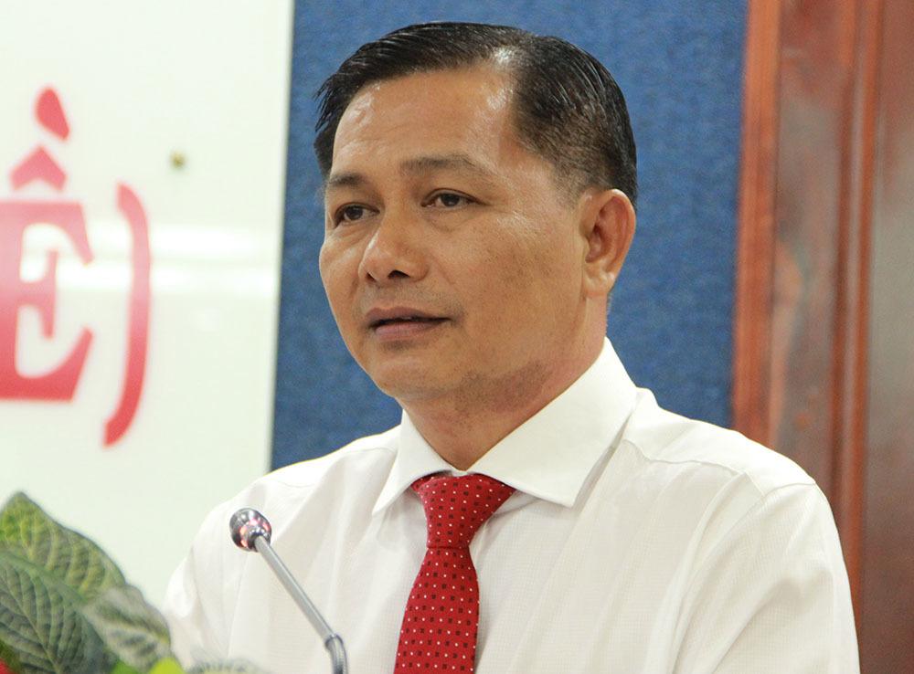 Ông Trần Văn Lâu giữ chức Chủ tịch UBND tỉnh Sóc Trăng