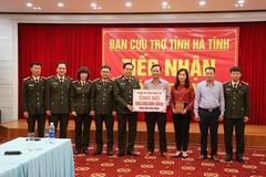 Hơn 3.000 tổ chức, cá nhân ủng hộ vùng lũ Hà Tĩnh gần 184 tỷ đồng