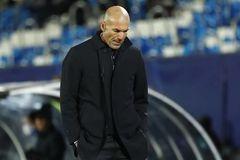 Zidane phải cách ly vì Covid-19, lỡ trận đấu với Real Madrid