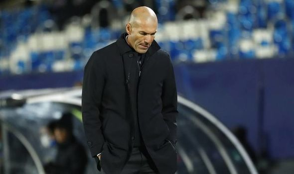Dean Henderson lại rời MU, Zidane bị sếp lớn hoài nghi