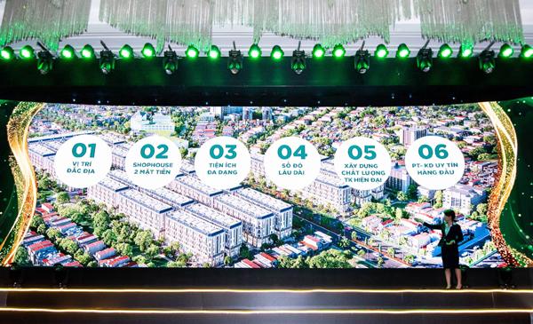 Gần 400 khách hàng tham dự lễ ra mắt Him Lam Vạn Phúc