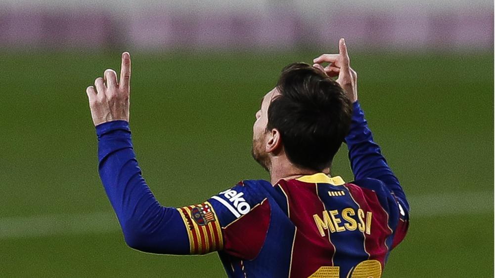Messi sẵn sàng ở lại Barca với yêu cầu cực 'đơn giản'