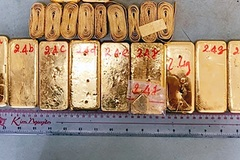 Shocking smuggling case: 51kg of gold carried across border to Vietnam