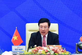 ASEAN lo ngại hoạt động quân sự hóa, đơn phương đòi chủ quyền Biển Đông