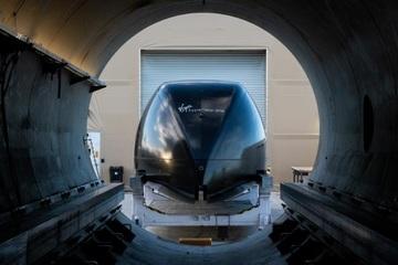Xem chạy thử nghiệm tàu siêu tốc Hyperloop chở khách có thể đạt 1.000km/h