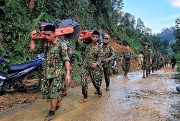 Quảng Nam dùng còi hú cảnh báo sạt lở đất, khẩn cấp di dời hơn 1.000 hộ dân