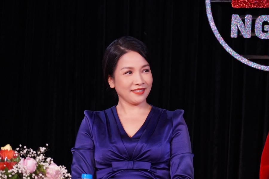Diva Mỹ Linh dạy thanh nhạc trực tuyến cho khán giả yêu ca hát