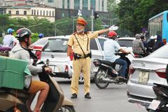 Hà Nội tạm cấm xe một số tuyến phố từ hôm nay