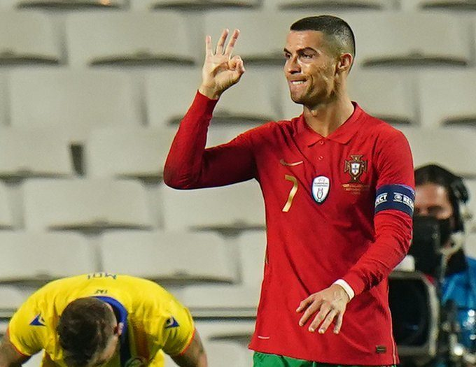 Ronaldo lập công, Bồ Đào Nha thắng trận 7-0