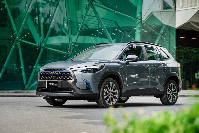 Top 10 xe bán chạy: Kia và Hyundai trở lại